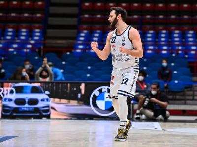 LIVE Dinamo Sassari-Brescia 100-87, Serie A basket in DIRETTA: i sardi vincono grazie alla rimonta nel secondo tempo