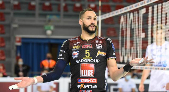 Volley, SuperLega: Civitanova-Perugia, scontro diretto per il primo posto. Cruciale Monza-Piacenza nell'infrasettimanale