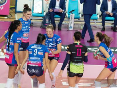 Volley femminile, Champions League 2021: Novara maiuscola, Fenerbahce battuto ad Istanbul! Semifinale ad un passo