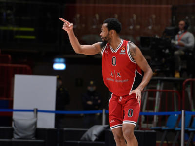 LIVE Anadolu Efes-Olimpia Milano 69-72, Eurolega basket in DIRETTA: partita folle a Istanbul, colpo grosso dei meneghini!
