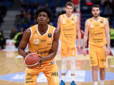 Basket, Paul Eboua torna in Italia dopo la Summer League di Las Vegas e giocherà a Brescia