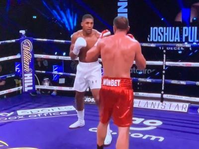 VIDEO Anthony Joshua-Kubrat Pulev: highlights. Il devastante destro del KO al 9° round