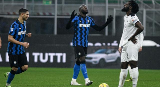 VIDEO Inter-Spezia 2-1, Highlights, gol e sintesi: Hakimi e Lukaku decidono la sfida a San Siro