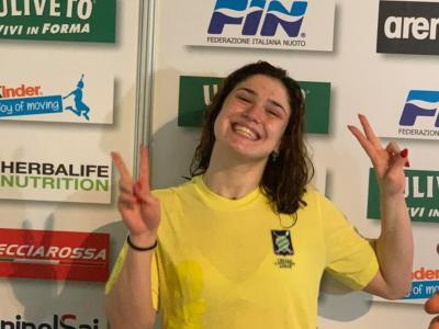 Nuoto, Benedetta Pilato tra piscina e scuola: la mattina con la DaD e il pomeriggio in gara a Riccione