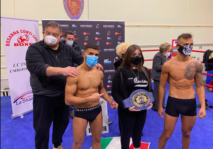 Boxe, Mario Alfano si deve arrendere ad Haithem Laamouz: il maltese vince il titolo UE dei superpiuma a Roma