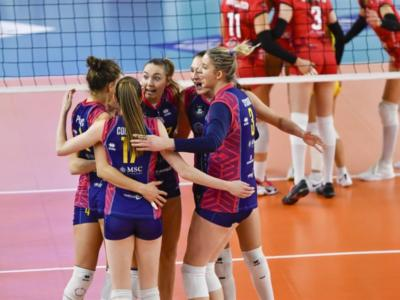 Volley femminile, Champions League: Scandicci batte Busto Arsizio al tie-break e balza in testa al girone