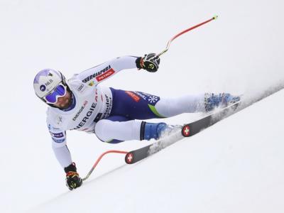 Sci alpino, lo sloveno Cater vince a sorpresa la discesa in Val d'Isere. Decimo Paris