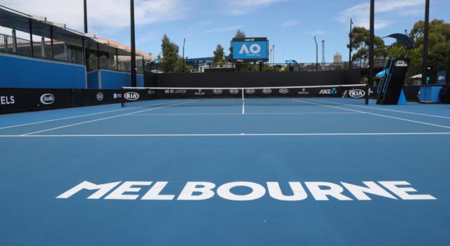 Tennis: Australian Open, un positivo sull'aereo da Doha, 25 giocatori isolati. Djokovic lancia proposte, in corso allenamenti alternativi