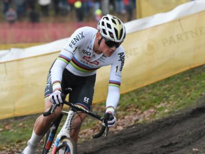 """Ciclocross, Mathieu van der Poel commenta il successo a Baal: """"Non avevo grandi gambe, ma sono riuscito a vincere ugualmente"""""""