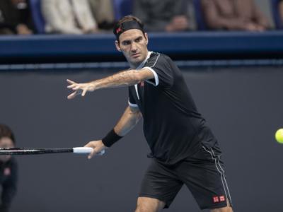 VIDEO Roger Federer-Dan Evans 2-1: highlights e sintesi. Il grande ritorno dello svizzero dopo un anno