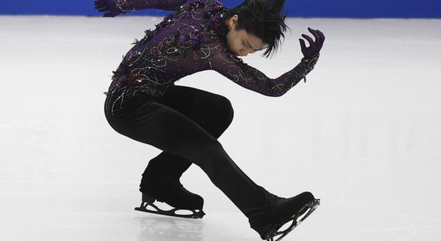 Pattinaggio artistico: Yuzuru Hanyu incanta e si piazza in testa dopo lo short ai Mondiali 2021, Rizzo undicesimo