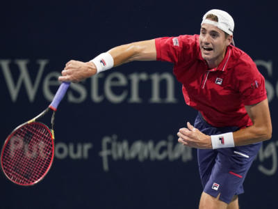 Tennis: John Isner sceglie la famiglia e non sarà agli Australian Open 2021