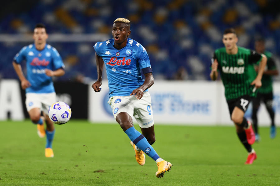 Calcio, Serie A: il Napoli passa largamente in casa dello Spezia. Udinese e Bologna pareggiano