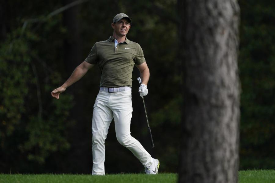Golf: Rory McIlroy parte col turbo all'Abu Dhabi HSBC Championship 2021. Primo giro sospeso, tanti ancora lontani dalla fine
