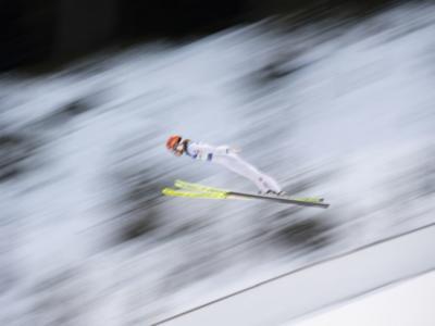 Salto con gli sci, Coppa del Mondo Rasnov 2021. Tra Kramer, Kriznar e Takanashi è lotta all'arma bianca per la Sfera di cristallo