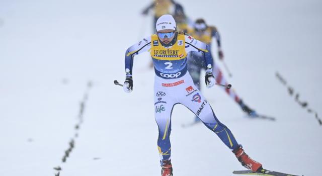 Sci di fondo, Linn Svahn batte in volata Yulia Stupak e Therese Johaug nella 10 km tc mass start di Falun
