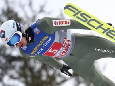 Salto con gli sci, gara maschile trampolino piccolo Mondiali Oberstdorf 2021. Kamil Stoch punta a un traguardo epico