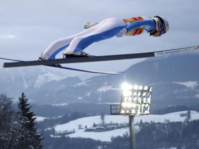 Salto con gli sci, Halvor Egner Granerud domina gara-1 a Klingenthal. Sul podio anche Stoch e Pavlovcic