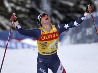 Sci di fondo, Jessie Diggins batte Therese Johaug nella 10 km tl femminile della Coppa del Mondo 2021 a Falun!