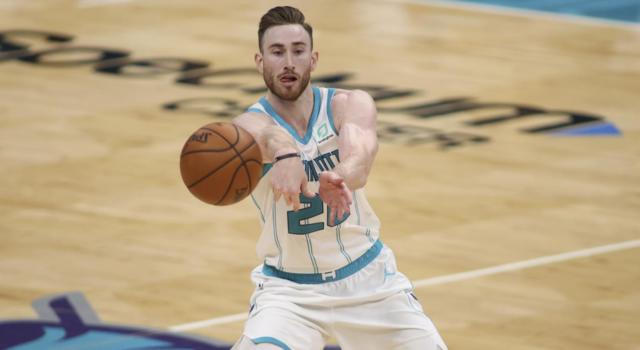 NBA 2021, i risultati della notte (25 gennaio): Clippers 7a di fila, Hayward 39 e tiro della vittoria. Buon Gallinari, ma vincono i Bucks