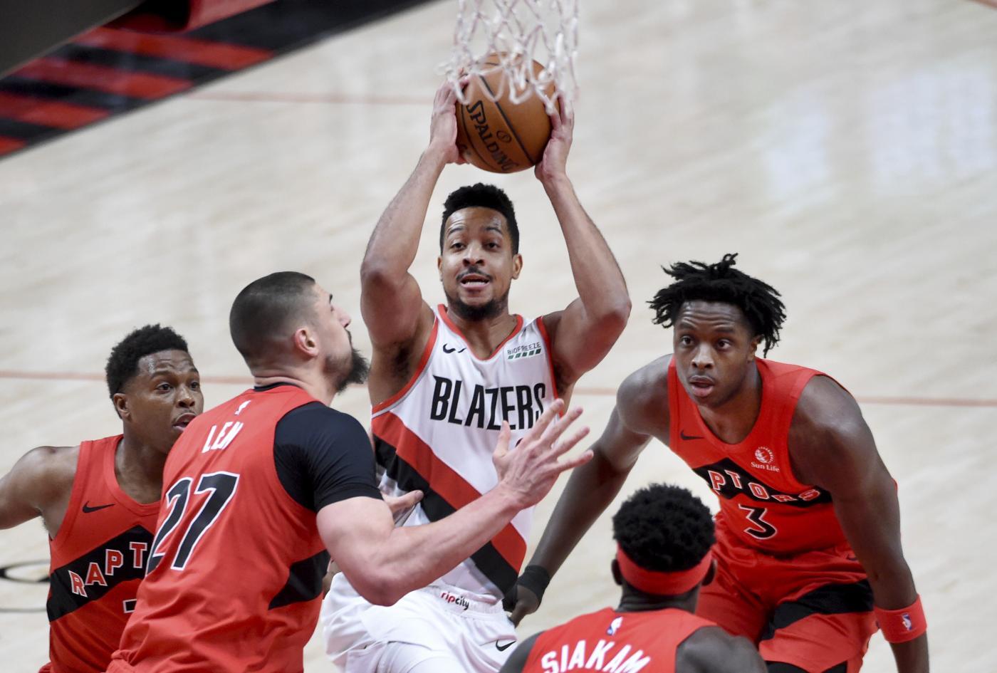 NBA 2020 2021: si ferma CJ McCollum. Almeno una settimana di stop per l'asso dei Portland Trail Blazers