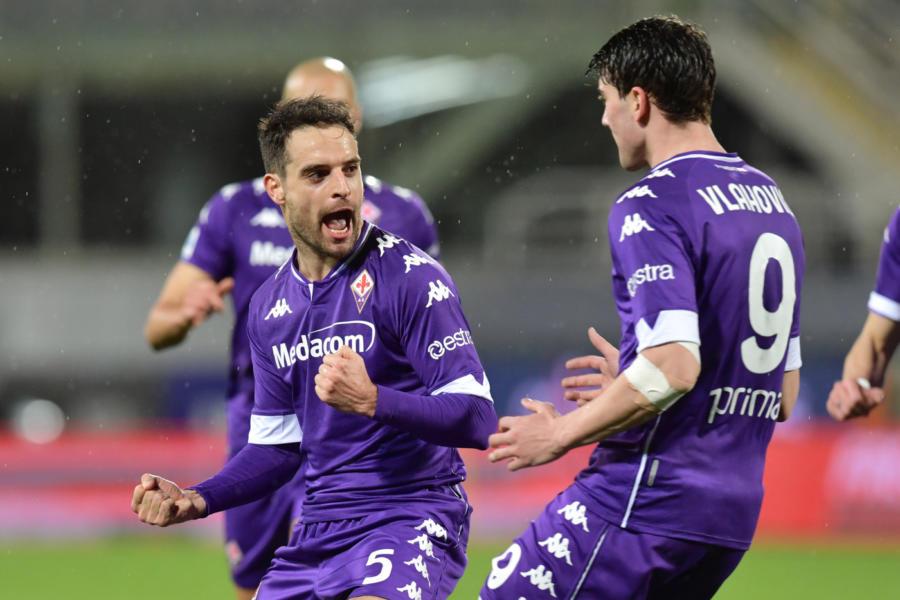 Verona Fiorentina 1 2, Vlahovic e Caceres regalano tre punti pesanti alla Viola