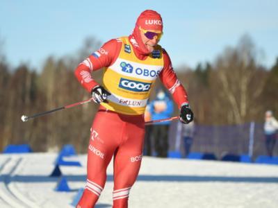 Sci di fondo: Alexander Bolshunov batte cinque norvegesi nella skiathlon dei Mondiali. Stefano Gardener 22°, miglior italiano