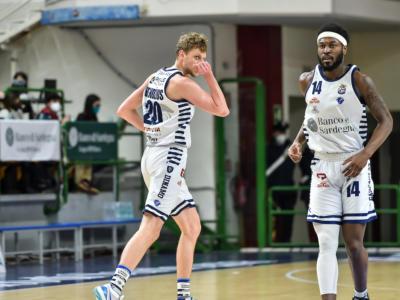 LIVE Dinamo Sassari-Pesaro 99-74, Serie A basket in DIRETTA: i sardi schiantano i rivali grazie al trio Kruslin-Burnell-Bilan