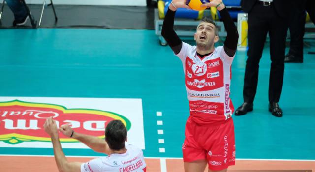 Volley, SuperLega: Piacenza batte in rimonta Vibo Valentia. Russell trascinatore