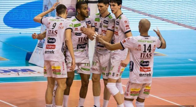 Volley, SuperLega: Trento indemoniata, travolta la capolista Perugia. Monza, Verona e Vibo vincono
