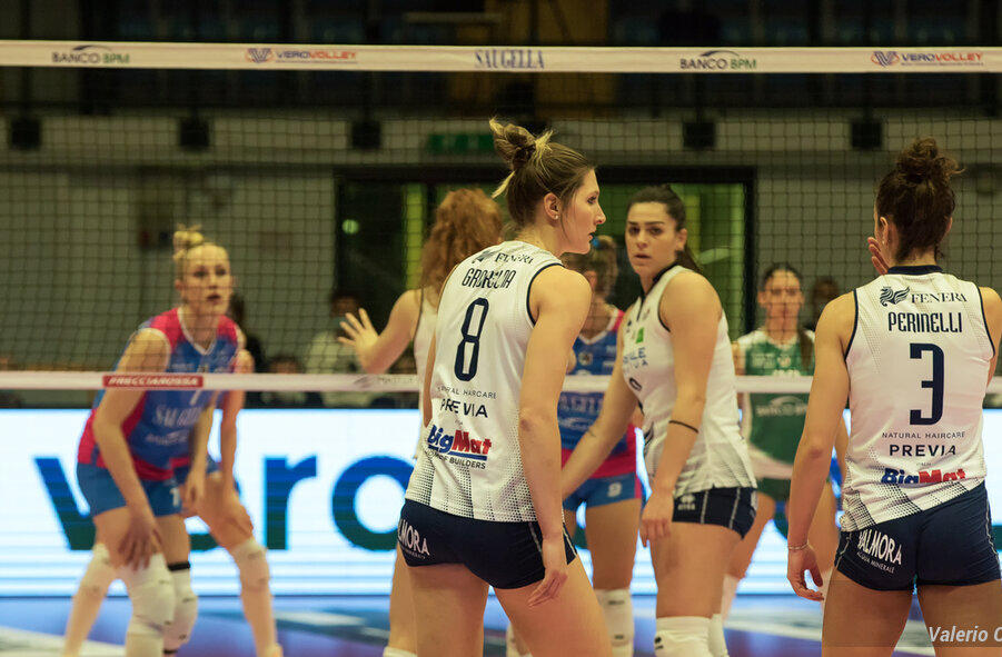 Volley femminile, Serie A1: Chieri rimonta Scandicci, vittoria al tie break per il quarto posto