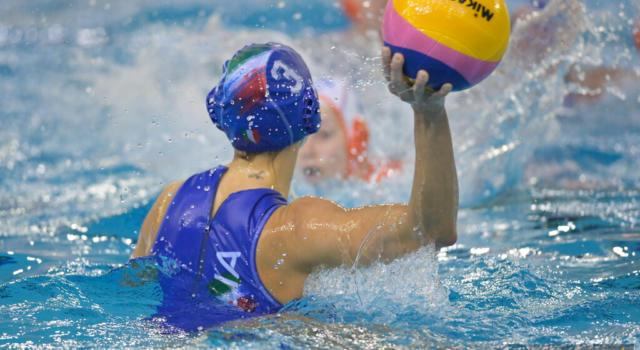 LIVE Italia-Slovacchia 26-4, Preolimpico pallanuoto in DIRETTA: le azzurre non fanno calcoli e dominano, sarà semifinale con l'Ungheria