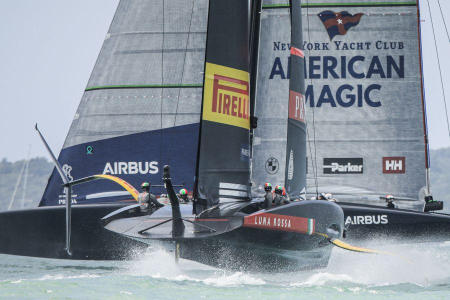 VIDEO American Magic è tornata a navigare! Barca rifatta a nuovo,  2 alla semifinale di Prada Cup con Luna Rossa