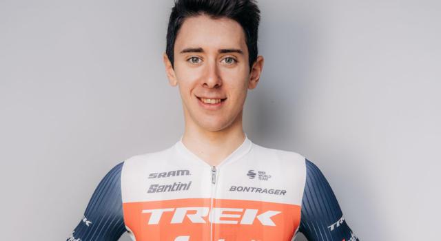 UAE Tour 2021: punti di sutura al ginocchio per Antonio Tiberi dopo la brutta caduta nella cronometro