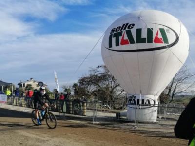 Ciclocross, Fabio Aru è ottavo nell'ultima tappa del Giro d'Italia! Vince Fontana, Dorigoni si prende la maglia rosa!