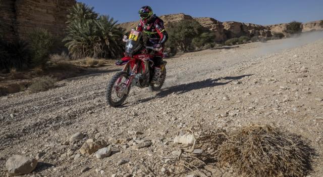 Classifica Dakar 2021 moto, seconda tappa: Joan Barreda conquista la vetta, Brabec primo inseguitore