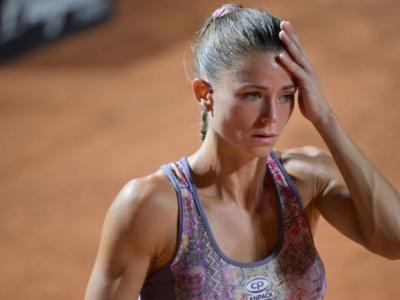 FOTO Camila Giorgi, cappotto col pelo e collier…Influencer in vista degli Australian Open