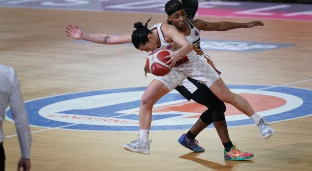 Basket femminile: Reyer Venezia, terza vittoria in EuroCup 2021. Landerneau sconfitta, primato nel girone e ottavi assicurati