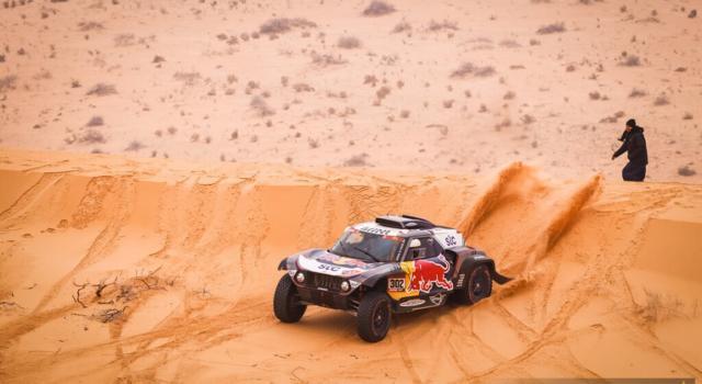 Classifica Dakar 2021 auto, 11^ tappa: Nasser Al-Attiyah si prepara per l'ultimo assalto a Stephane Peterhansel