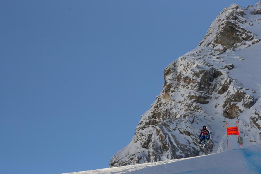 Sci alpino, Erik Arvidsson vince la discesa di Orcieres di Coppa Europa, Franzoni 9° primo degli italiani