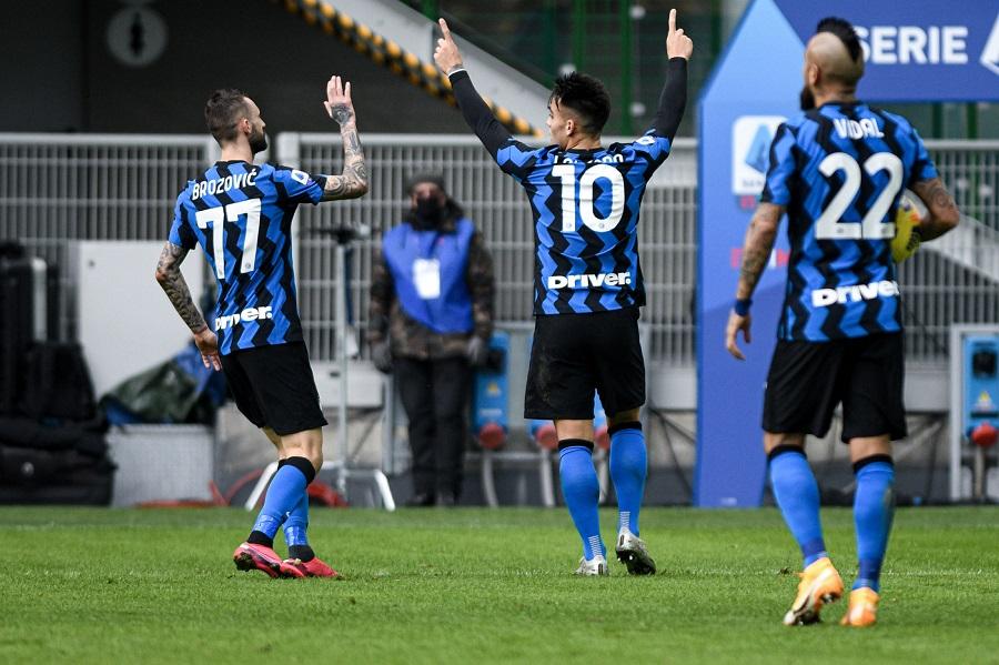 Giostra del gol in Sassuolo Napoli: 3 3 ma gli azzurri regalano il pareggio a tempo scaduto