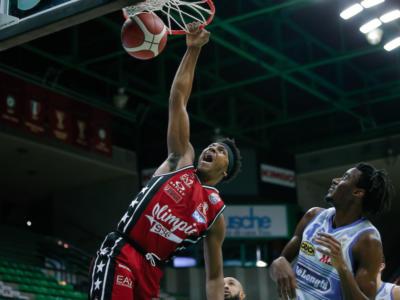 Basket, Serie A: soffre l'Olimpia Milano, ma espugna anche Treviso nel finale
