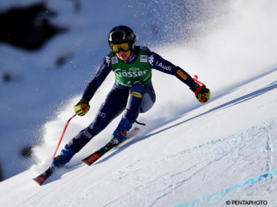 FOTO Roberta Melesi, la fata bionda dello sci alpino incanta sui social col colbacco