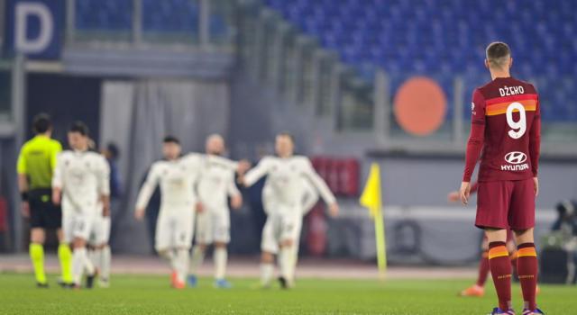 Calcio, ufficiale lo 0-3 a tavolino per Roma-Spezia di Coppa Italia dopo il caso delle 6 sostituzioni dei giallorossi