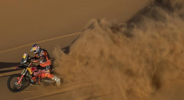 Dakar 2021, Toby Price vince la prima tappa tra le moto. Vicini Kevin Benavides e Walkner, indietro Brabec