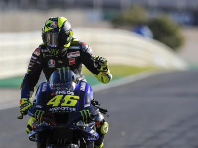 """MotoGP, Valentino Rossi: """"Yamaha deve intervenire a livello di motore, ci attende una sfida durissima nel 2021"""""""