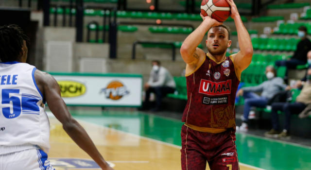 LIVE Venezia-Olimpia Milano 69-63, Serie A basket in DIRETTA: i veneti mandano al tappeto i meneghini. Chappell e Daye mattatori