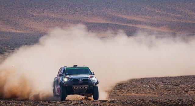 LIVE Dakar 2021, la tappa di oggi in DIRETTA: Benavides e Peterhansel ad un passo dal trionfo