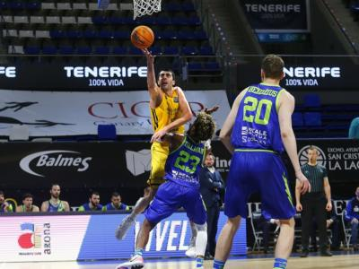 Basket, Champions League: Tenerife travolge la Dinamo Sassari e ipoteca il primo posto nel girone
