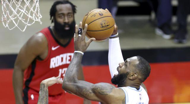 NBA 2020-2021, i risultati della notte (13 gennaio): i Lakers espugnano Houston, vincono anche Nets e Sixers